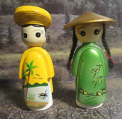 Vietnamese wedding bride and groom figurines