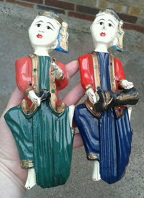 VERY UNUSUAL PAIR OF CARVED ANTIQUE INDIAN WOODEN WALL HANGING DOLLS, C 1900s.