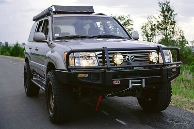 2004 Toyota Land Cruiser LOW MILE ARB LANDCRUISER OME LIFT OUTSTANDING LOW MILE ARB LANDCRUISER OME LIFT OUTSTANDING SOUTHERN NO RUST HISTORY