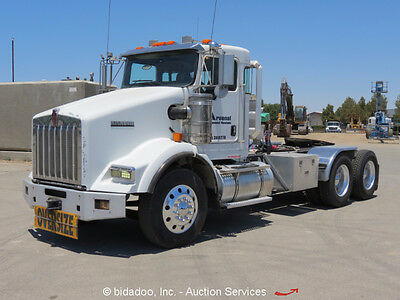 2005 Kenworth T800B T/A Truck Tractor 500HP Cummins 18-Spd Wet Kit 46K Rears