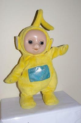Tomy Teletubbies Lala Dancing 7 Singing Soft Plush Toy