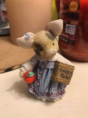 This Little Piggy Learning Is Never A Boar With You 1995 Figurine