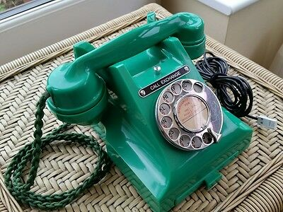 Rare Genuine Antique Jade Green Bakelite GPO 312 Telephone (excellent condition)