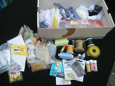 bulk LOT vintage SEWING ITEMS old sewing GLASS BUTTONS lace TRIMS