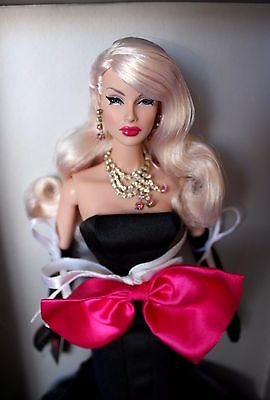 Fashion Royalty Dania Optic Clash LE 145 Iconic Convention Centerpiece FR doll