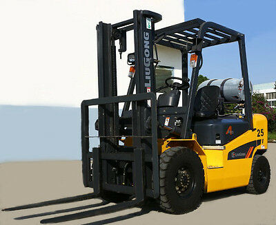 NEW 2.5t Container LPG QUALITY Forklifts 2.5t - PRICE REDUCED!