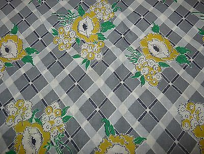 Antique Feedsack Material 36 x 49 Inches Gray with Yellow Flowers Tuxedo Feeds