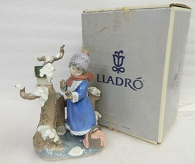 Lladro Figurine Girl w Bird Winter Frost 5287 Retired Rare