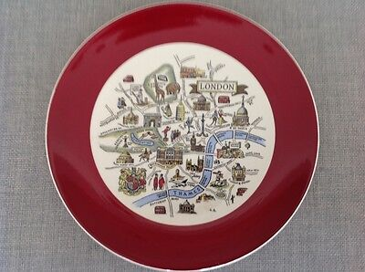 Vintage Wade plate with views of river Thames and central London