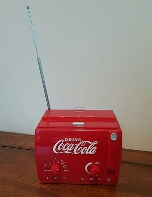 Coca Cola Mini Vintage Cooler Radio