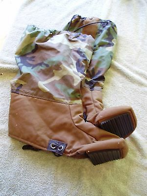 CAMOUFLAGE GORE-TEX GAITERS, Size Large, WITH ENCLOSED TOE