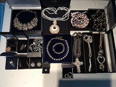 Job Lot of Mixed Items Quantity Vintage & Modern Costume Jewellery