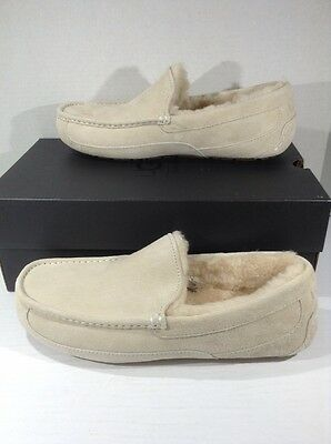 UGG Australia Ascot Men's size 11 White Suede Fur Lined Slippers Shoes ZK-1955