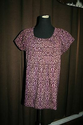 Maternity Top~ Liz Lange~ Size Small~ Short Sleeve~ Great For Summer