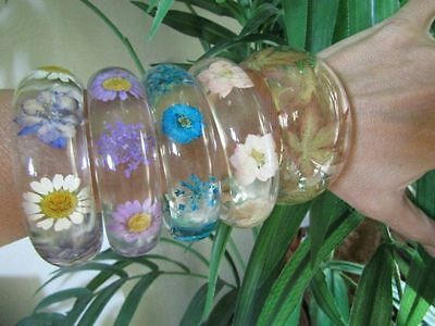 Beautiful Lot 5 Clear Lucite Resin Bangle Bracelet Infused Dried Flowers Leaf