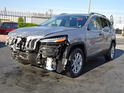 2017 Jeep Cherokee Latitude 2017 Jeep Cherokee Latitude Damaged Salvage Economical Perfect Project Must See!