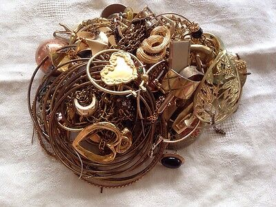 Gold Tone Jewelry 1 LB LOT: Necklaces, Earrings, Etc. Craft Repurpose #20