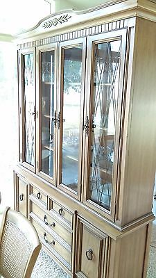 Thomasville Pecan Dining room  lighted China Cabinet