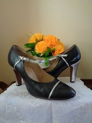 VINTAGE 1960's/70' PRUE ACTON DESIGNER SHOES BLACK WITH SILVER LEATHER