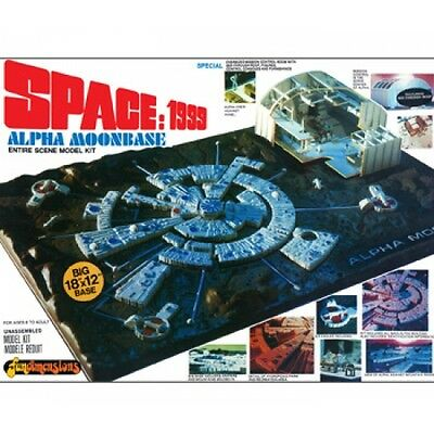 Space 1999 Alpha Moon Base 1:1800 Model Kit (New)