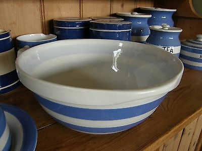 "VINTAGE T.G.Green CORNISHWARE ~ 10"" mixing bowl ~ Green shield"