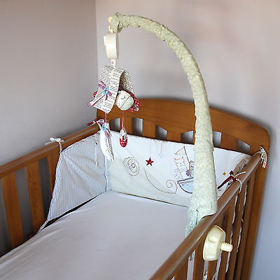 MAMAS & PAPAS Light of the Moon Musical Cot Mobile