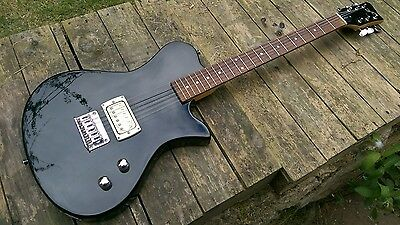 First Act ME537 Electric Guitar