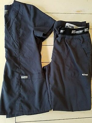 Grey's Anatomy Scrub Set Size XS Top and Small Active Pants in Dark Grey