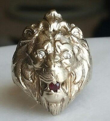 Vintage Antique solid 14k white Gold LION CAT ring Diamond eyes & ruby size 9