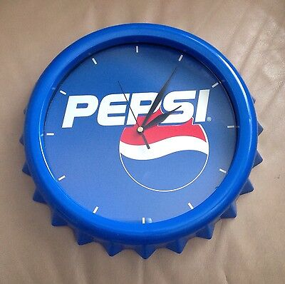 Pepsi Cola Battery Operated Bottle Cap Design Clock Used