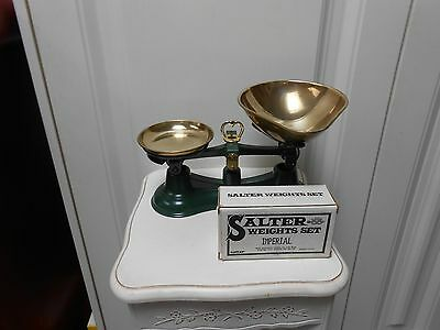 Vintage/Traditional Salter No 56 Kitchen scales & Weights.