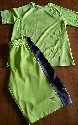 Old Navy Active outfit boys size 8 shorts and short sleeve shirt, cute!