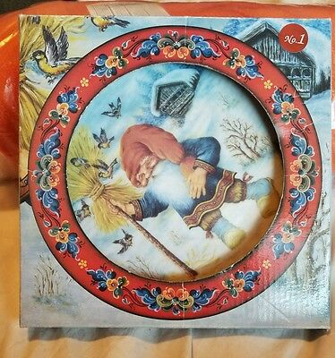 Julestemning #2 Plate Norway Elf  #1 box NEW Suzanne Toftey FREE/FAST SHIPPING