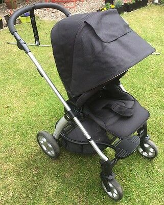 Mamas and papas Sola Black Pushchair & Raincover Great Condition