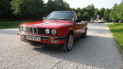 BMW 325i Convertible E30. Retro classic in great condition!Selling as relocating