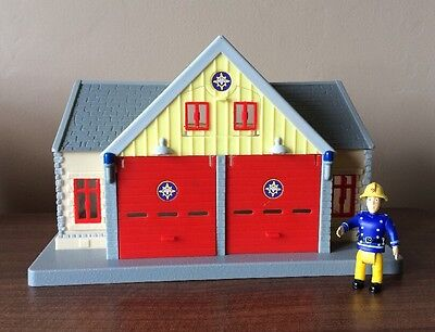 Fireman Sam Fire Station And Character