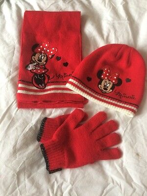 Minnie Mouse Hat, Gloves And Scarf Set