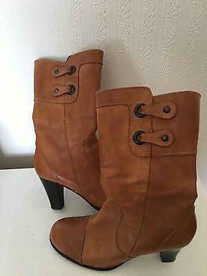 womens tan leather boots size 5