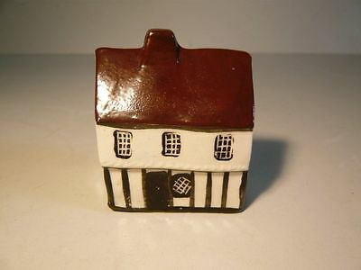 Sweet Mudlen End No 16 Cottage with Moulded Plaster Decoration Country Cottages