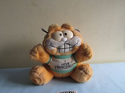 """Garfield Vintage Soft Toy with """"IN SEARCH OF LASAGNA"""" on his vest."""