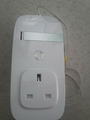 vodafone sure signal V3 used in excellent condition +cable