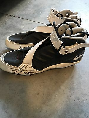 Carolina Panthers Julius Peppers Game Used Worn Cleats Signed Autograph 2006 HOF