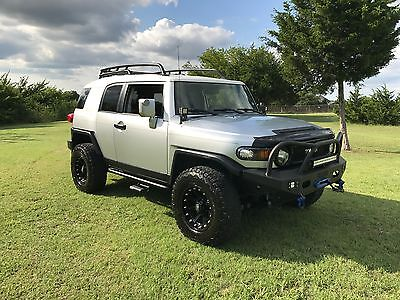 2007 Toyota FJ Cruiser Upgrade Package 2 2007 Toyota FJ Cruiser 4X4 with Extras!  CLEAN & NICE!