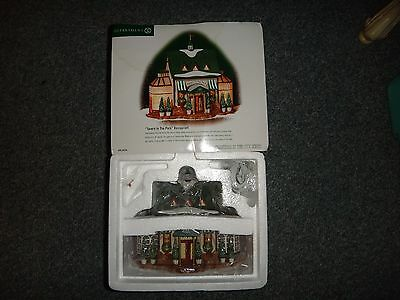 """Dept 56 Christmas In The City """" Tavern In The Park """" #58928 Brand New !"""