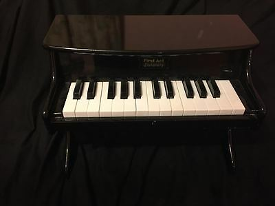 FIRST ACT DISCOVERY TOY PIANO Child's upright keyboard grand baby yamaha guitar