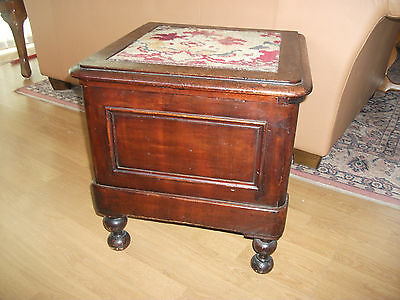 VICTORIAN COMMODE WITH ORIGINAL CARPET TOP and pot