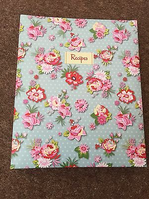 WHSmith Vintage Rose & Polka Dot A5 Recipe File With 6 Organising Tabs 23 x 19cm