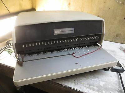 Gbc General Binding Corporation Electric Hole Punch W/foot Pedal Model: 111Pm-2^