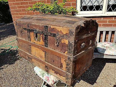 Huge very old domed trunk perfect for restoration