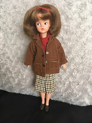 Vintage Pedigree 1960s Hong Kong Auburn Sindy Doll In Country Walk Clothes